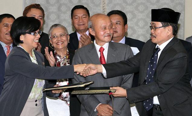 الحكومة الفليبينية تتوصل لاتفاق مع المتمردين الإسلاميين