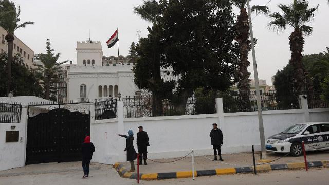 اختطاف 5 دبلوماسيين مصريين في ليبيا
