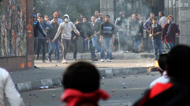 ارتفاع حصيلة اشتباكات ذكرى الثورة في محافظات مصر إلى 49 قتيلا و247 مصابا