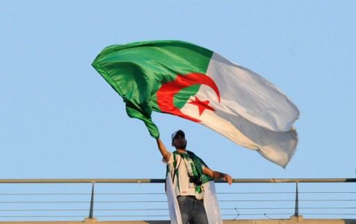 المعارضة الإسلامية والعلمانية تقطاعان الانتخابات الرئاسية في الجزائر