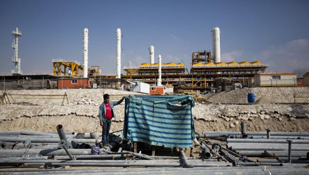 ايران تأمل في اجتذاب شركات كبرى لتطوير قطاع الطاقة بعد رفع العقوبات