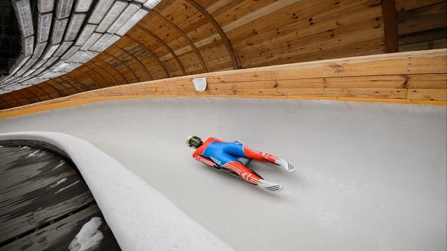 الفريق الروسي يحرز ذهبية الزلاجات الثلجية تتابع في بطولة أوروبا