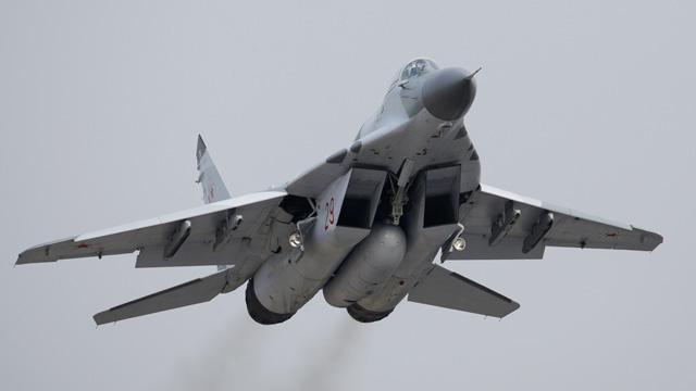 بالفيديو.. وزارة الدفاع الروسية تشتري دفعة جديدة من مقاتلات