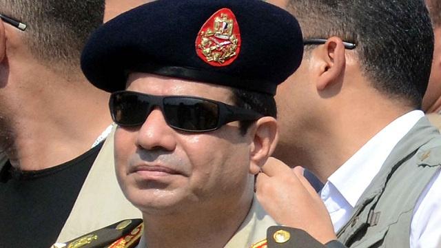 ترقية وزير الدفاع المصري عبدالفتاح السيسي الى رتبة مشير