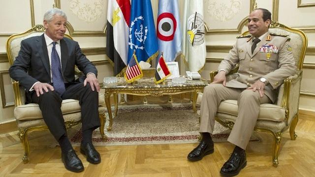 هاغل يتصل بالسيسي لبحث الانتقال السياسي والوضع الأمني في مصر