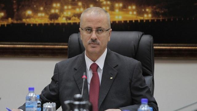 القوات الاسرائيلية تحتجز موكب رئيس الحكومة الفلسطينية لمدة 45 دقيقة بدون سبب