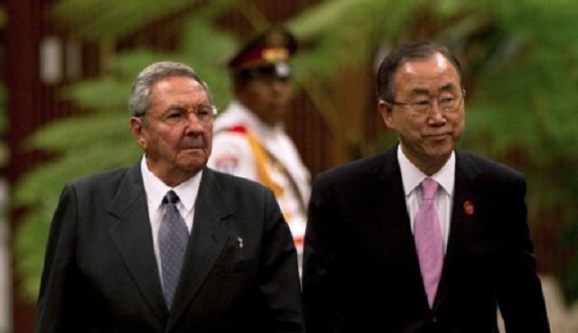 بان كي مون يبحث في كوبا قضايا العقوبات الأمريكية وحقوق الإنسان والإصلاحات