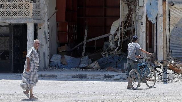 محافظ حمص لـRT: لا نفاوض المسلحين لايصال المساعدات بل الامم المتحدة