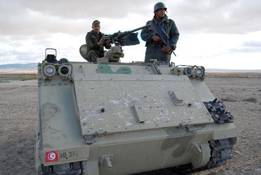 آمر الحرس التونسي وقائد الدرك الجزائري يبحثان تأمين الحدود