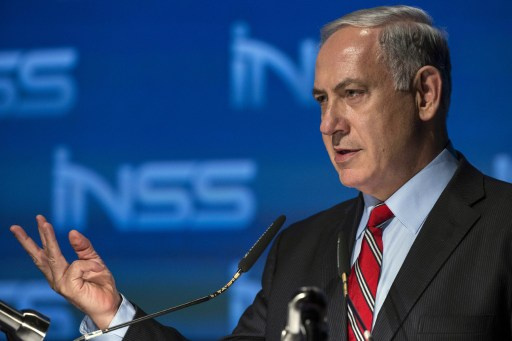 نتانياهو: نحن غير ملزمين بالعرض الأمريكي والفلسطينيون ملزمون بالاعتراف بدولتنا اليهودية