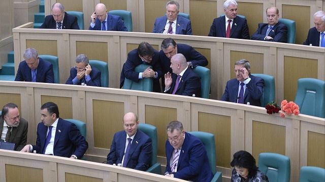 مجلس الاتحاد الروسي يعتبر الأحداث في أوكرانيا حملة منظمة لإسقاط السلطة