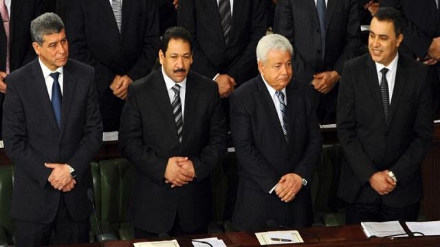 الحكومة التونسية تؤدي اليمين الدستورية والمرزوقي ينبهها إلى صعوبة مهمتها