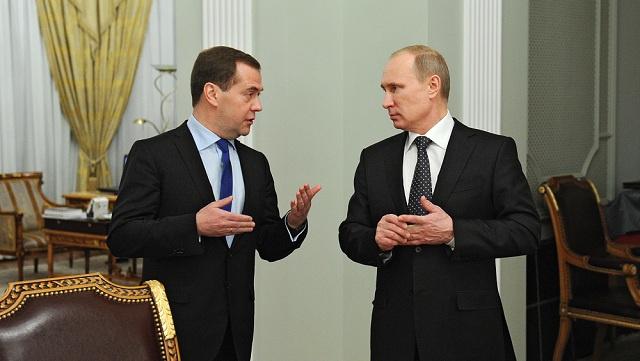 مدفيديف: روسيا ستفي بجميع التزاماتها أمام أوكرانيا ولكن بعد تشكيل حكومة جديدة هناك