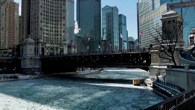 بالفيديو: جنوب الولايات المتحدة يكسوه الجليد