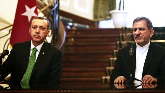 زيارة أردوغان لإيران تتوج بتوقيع عدة اتفاقيات بين طهران وأنقرة