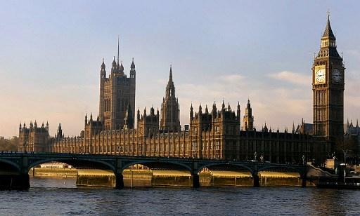 مجلس العموم البريطاني يصوت لصالح سحب الجنسية من المتورطين في الارهاب