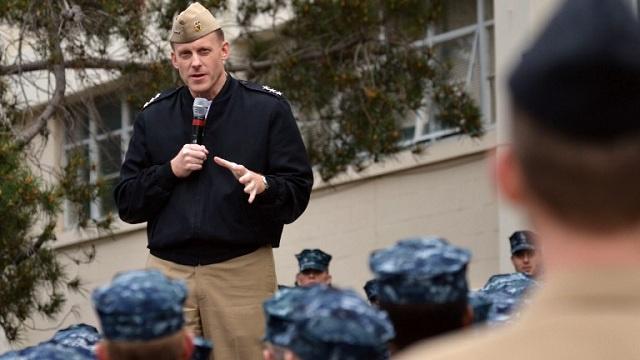 أوباما يرشح أميرالا في البحرية لتولي منصب مدير وكالة الأمن القومي