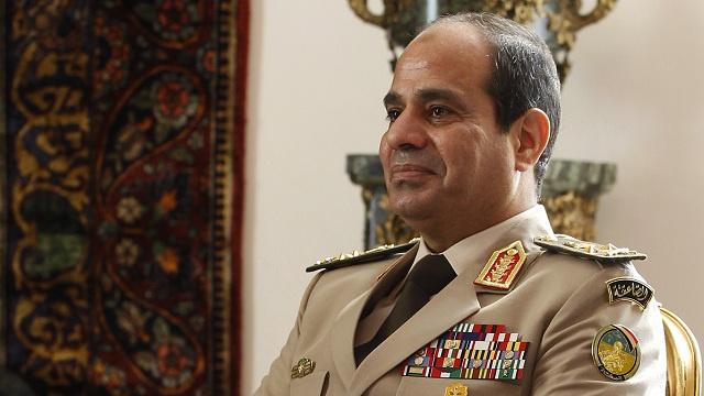 الجيش المصري ينفي قيام السيسي بالدعوة لعقد لقاءات مع التكتلات والحركات السياسية