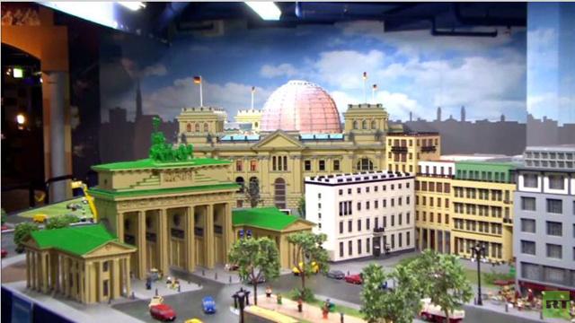 بالفيديو: في ألمانيا حتى الأطفال يجردون مخزون المصانع