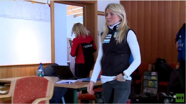 بالفيديو..هل تكون بطلة التزلج تريز جوهوغ هي اللاعبة الأجمل في الأولمبياد؟