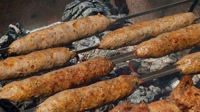 اللحوم المشوية تشكل خطرا على الصحة