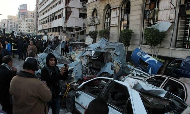 6 قتلى ونحو 100 جريح بانفجارات في مصر والرئاسة تلوح بإجراءات استثنائية
