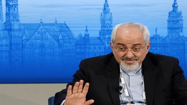 ظريف من ميونيخ: على المجتمع الدولي أن يوقف حمام الدم السوري لا أن يبحث عن حل سياسي للأزمة