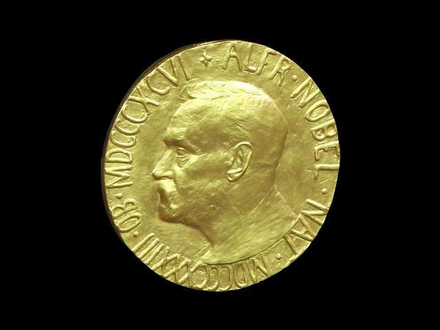 ترشيح سنودن واشتون لنيل جائزة نوبل للسلام