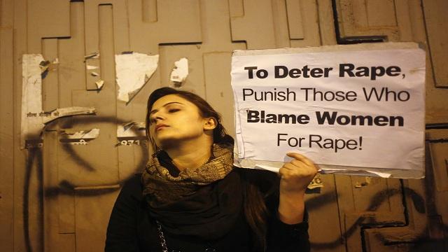 سياسية هندية تحمل الفتيات مسؤولية تعرضهن للاغتصاب