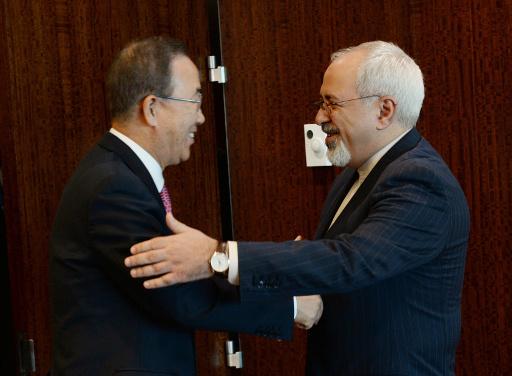 ظريف يؤكد لبان كي مون مساهمة ايران في حل الازمة السورية