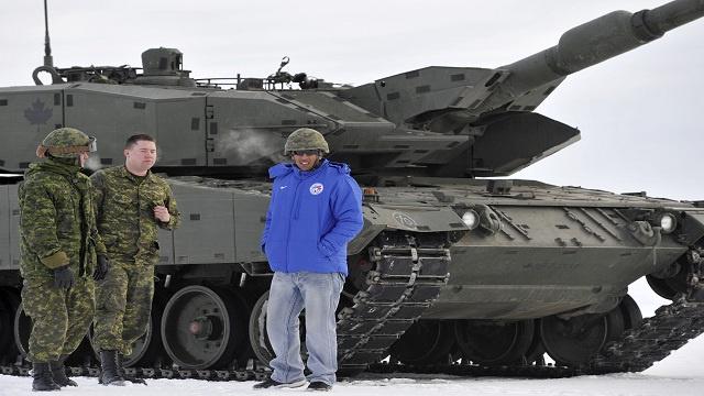 الدبابات الأمريكية تعود إلى أوروبا