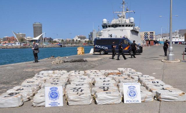 ضبط نحو طن من الكوكايين قبالة السواحل الإسبانية