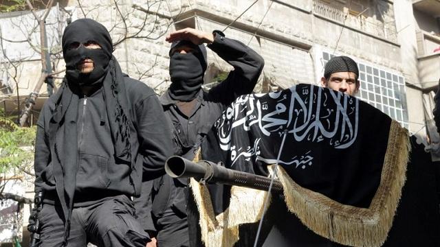 الاستخبارات الكندية: عشرات الكنديين يقاتلون في صفوف الجماعات المتطرفة بسورية