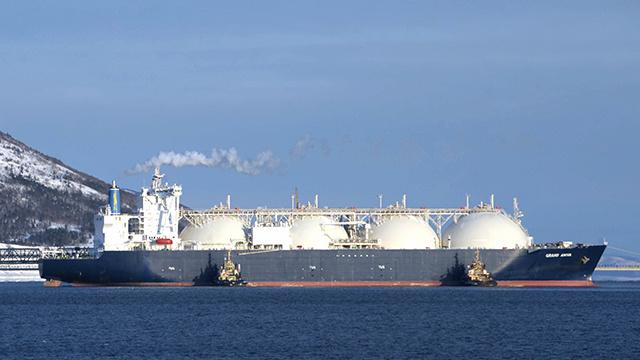 شركة يابانية توقع عقدا مدته 15 عاما لشراء الغاز المسال من قطر