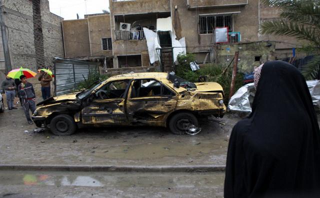 صاروخان يصيبان المنطقة الخضراء في بغداد ومقتل عشرة أشخاص في تفجيرات متفرقة
