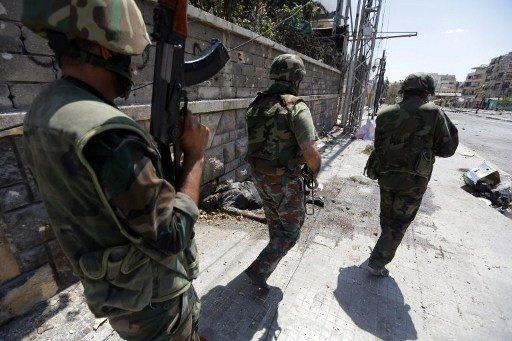 تواصل القتال في حلب وريف دمشق وسقوط قتلى بينهم نساء وأطفال