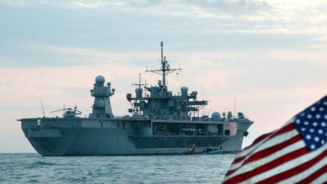 هيئة أركان الأسطول الروسي: سفينة قيادة أمريكية دخلت البحر الأسود صباح الأربعاء
