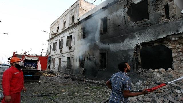إصابة 12 طفلا بتفجير استهدف مدرسة في بنغازي
