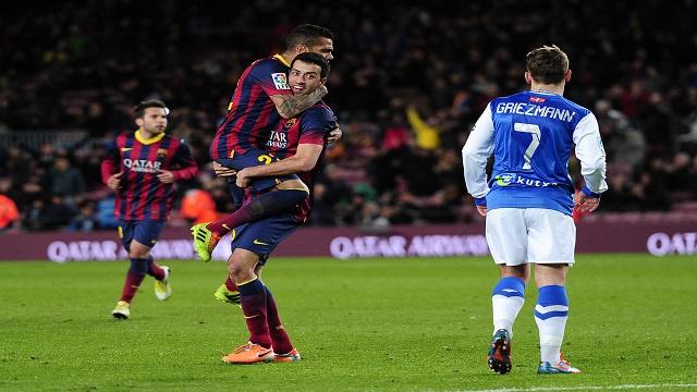 برشلونة يكرم ريال سوسيداد بثنائية ويقترب من نهائي الكأس