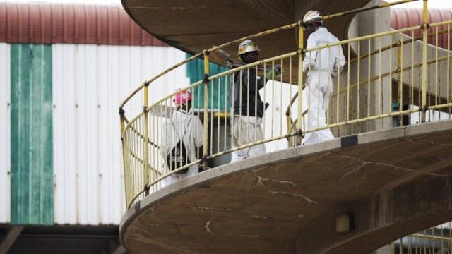 العثور على 8 جثث لضحايا حريق في منجم ذهب بجنوب إفريقيا