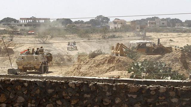 مقتل وإصابة نحو 60 مسلحا في عمليات مداهمة في سيناء
