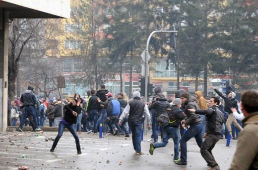 إصابة 130 شخصا في تظاهرات مناوئة للحكومة في البوسنة