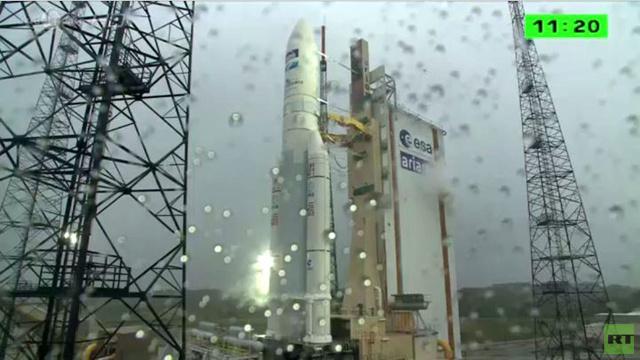 بالفيديو.. إطلاق ناجح لقمرين اصطناعيين من مطار كورو الفضائي