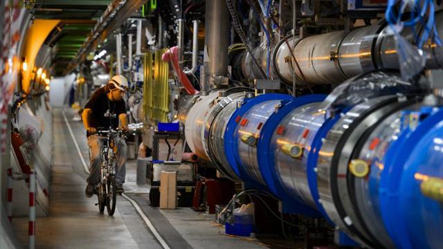 """""""سرن"""" يبدأ في تصميم مسرع نووي جديد في منتصف فبراير"""