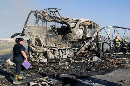 مقتل 18 شخصا في حادث اصطدام شاحنة بحافلة غرب الأرجنتين
