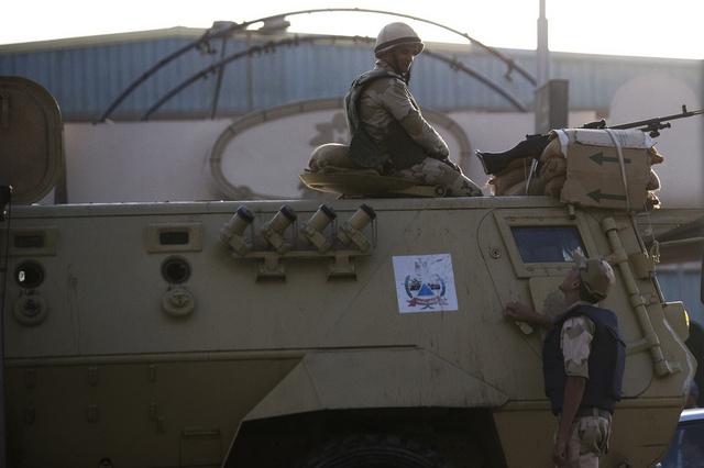 الجيش المصري: مقتل 16 مسلحا في قصف بشمال سيناء
