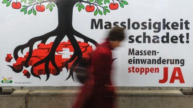 السويسريون يصوتون لصالح مبادرة لإلغاء اتفاقية حرية التنقل مع الاتحاد الأوروبي