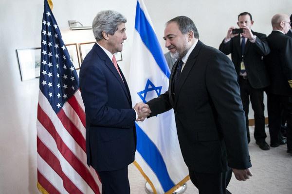 وزير الخارجية الإسرائيلي يدافع عن الجهود الأمريكية لتحقيق السلام