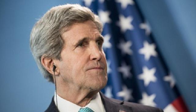 كيري يلوح بتمديد المفاوضات الفلسطينية الإسرائيلية إلى ما بعد أبريل/نيسان