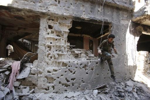 مراسلنا: اتفاق انسحاب جبهة النصرة من مخيم اليرموك يدخل حيز التنفيذ